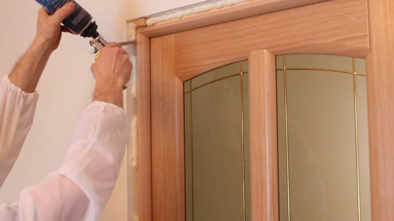 Как монтируется межкомнатная дверь?