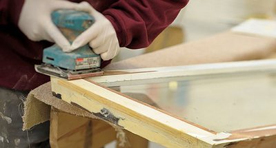 Как отреставрировать деревянные окна?