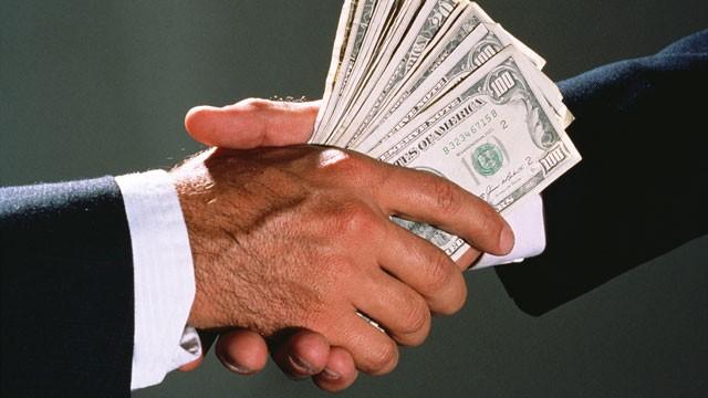 Как уберечь себя от сотрудников, склонных к коррупции и блату