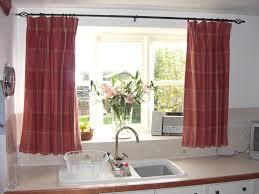 Как выбрать шторы в кухню